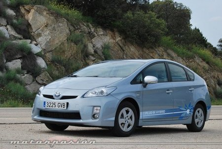 Toyota hace balance de las pruebas del Prius Plug-in