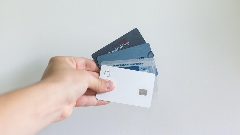 Apple Card y su expansión respiran de nuevo registrando la marca en Canadá