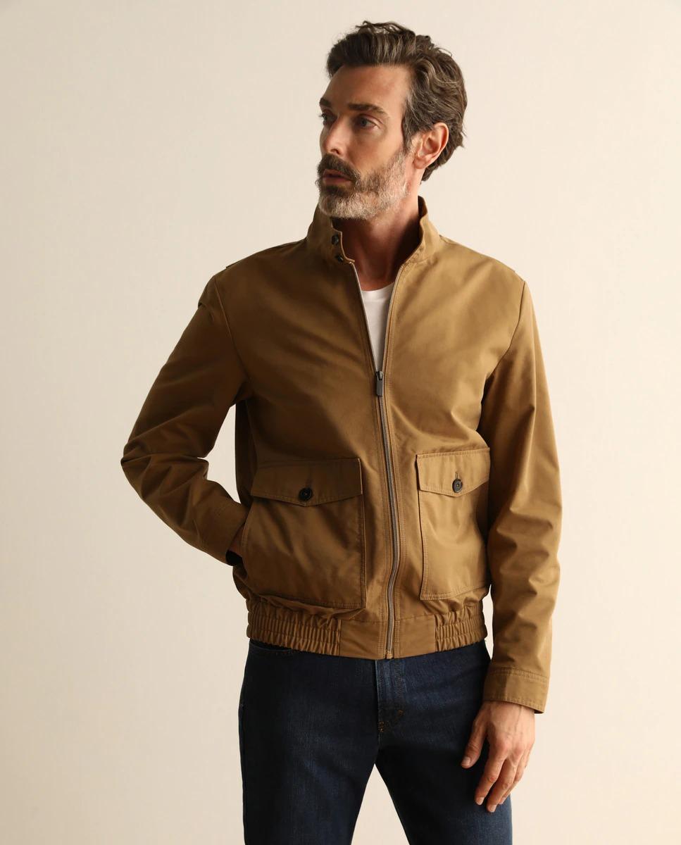 EMIDIO TUCCI Cazadora de hombre marrón con dos bolsillos