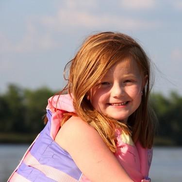 Navegar con niños: cinco consejos básicos de seguridad a bordo que debes conocer