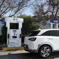 Los coches eléctricos de baterías son un 60% más eficientes que los de hidrógeno, según un estudio de la Universidad de Cambridge