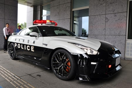 Nissan Gt R Policia Japon 6
