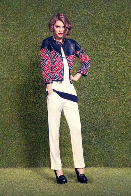 Louis Vuitton colección Crucero 2012: Arizona Muse se convierte en una mujer de los años 20
