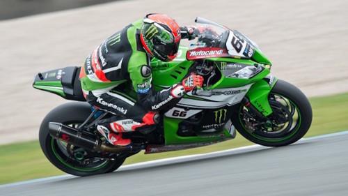 Superbike Gran Bretaña 2015: cita entre Tom Sykes y la victoria en Donington Park