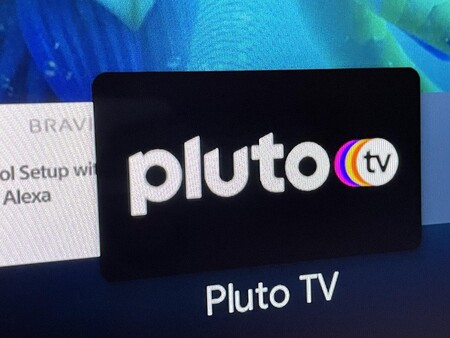 Pluto TV amplía la oferta de canales gratuitos con dos nuevas propuestas: llegan MTV Summer Hits y World Poker Tour