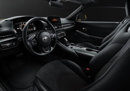 Toyota Gr Supra Pure De Acceso Interior