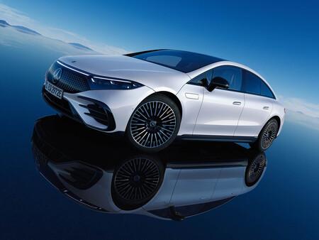 El nuevo Mercedes-Benz EQS con equipamiento por suscripción ya tiene precio en Alemania: es 9.000 euros más caro que el Tesla Model S