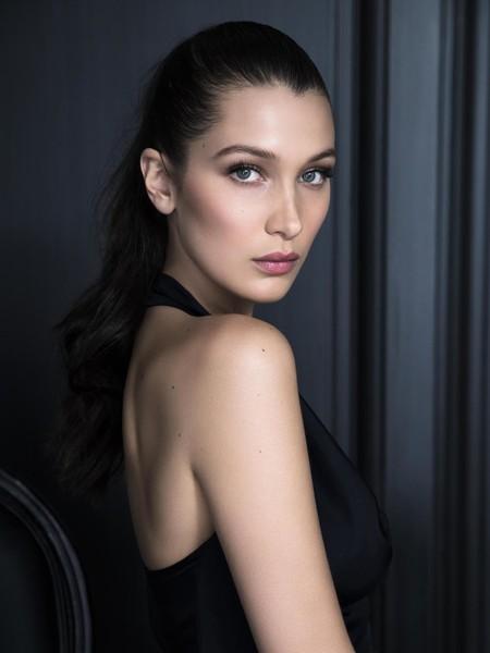 Dior: Bella Hadid