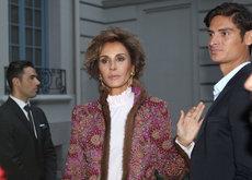 Naty Abascal vuelve a dar una lección de estilo en Madrid, así si se va a un desfile de tarde