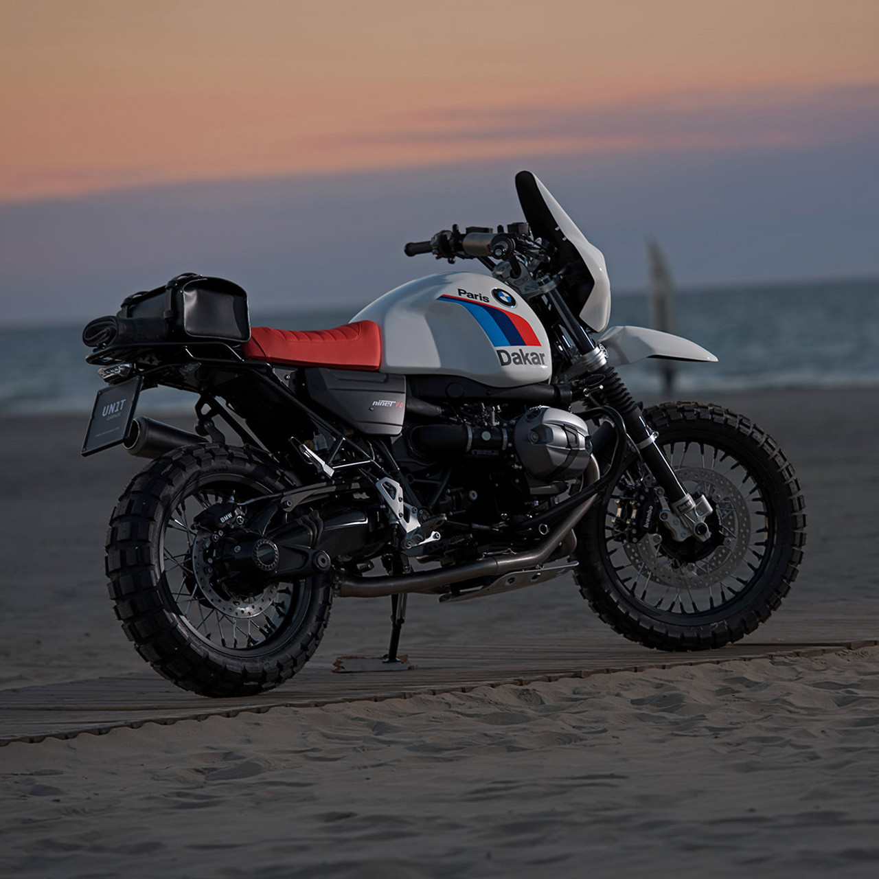 Foto de BMW R nineT Dakar Unit Garage (7/9)