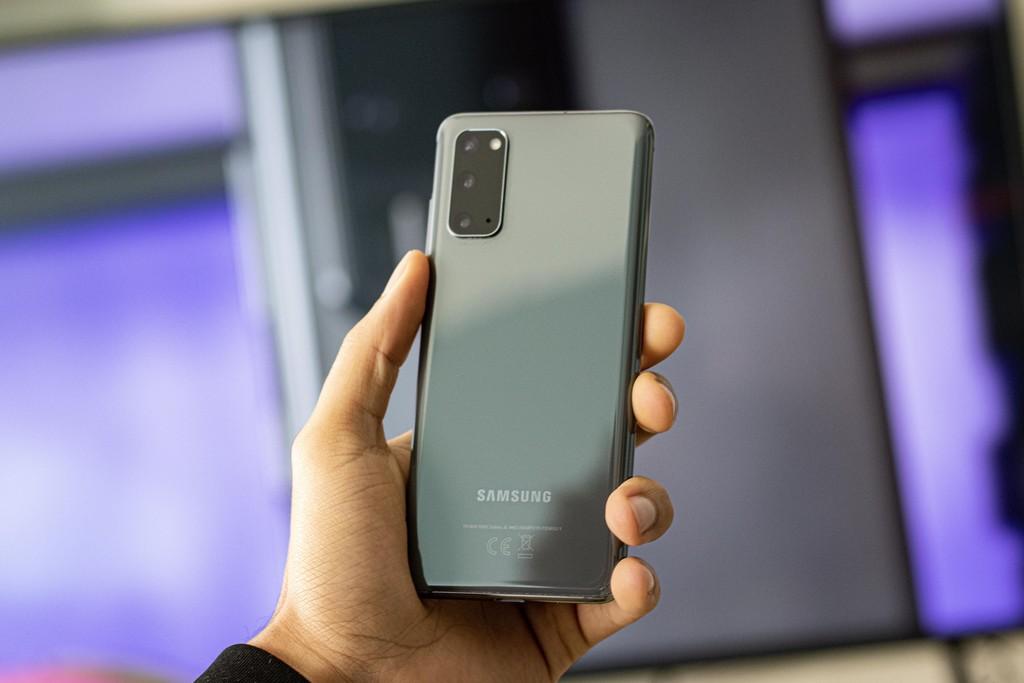 Samsung Galaxy™ S20, análisis: el mas pequeño de su familia además es un 'matagigantes'
