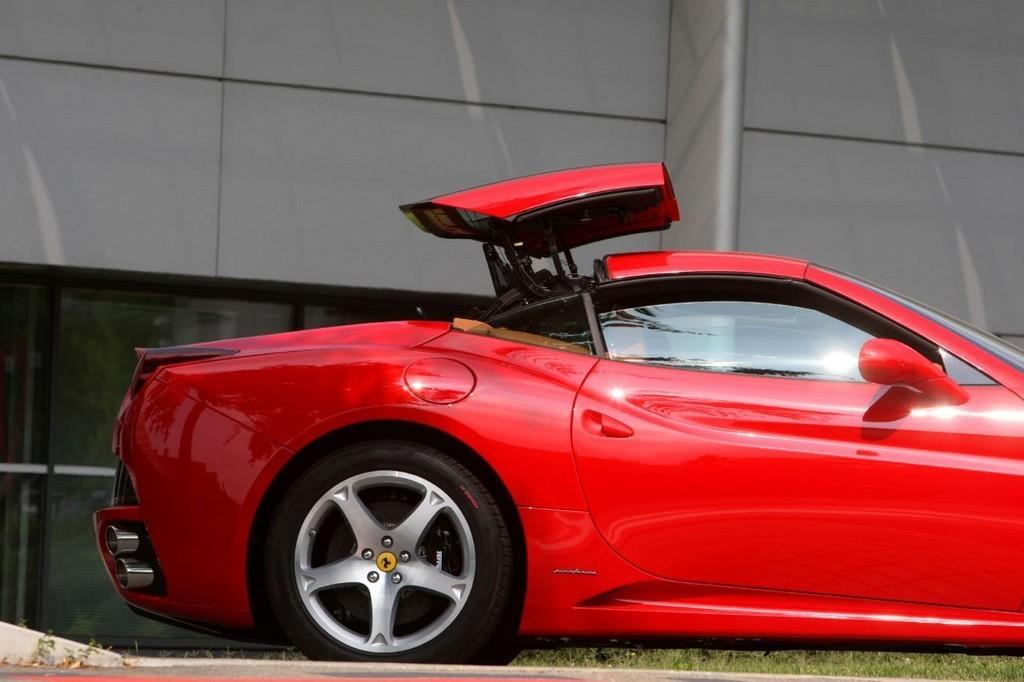 Foto de Ferrari California (9/50)