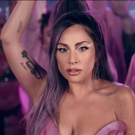 Lady Gaga y Ariana Grande nos dejan los maquillajes más alucinantes del momento en el videoclip de  Rain On Me