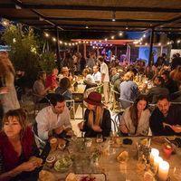 Una embajada mezcalera reside en Ibiza gracias a la nostalgia de dos mexicanos