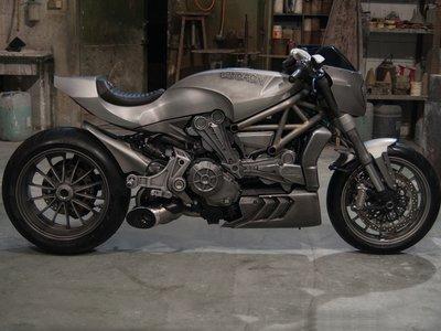 La Impetuosa 1262, la brutal y siniestra interpretación de la Ducati XDiavel de Valtorón