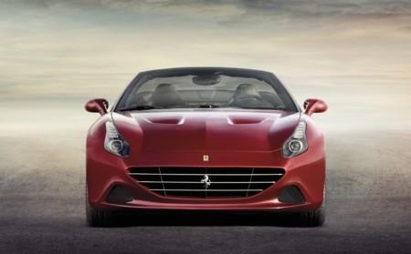 Ferrari California T exterior rojo frontal