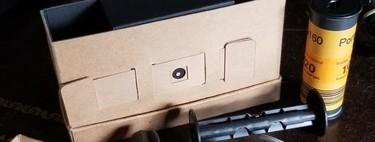 PinBox: una cámara pinhole de película 120 que puedes montar tu mismo