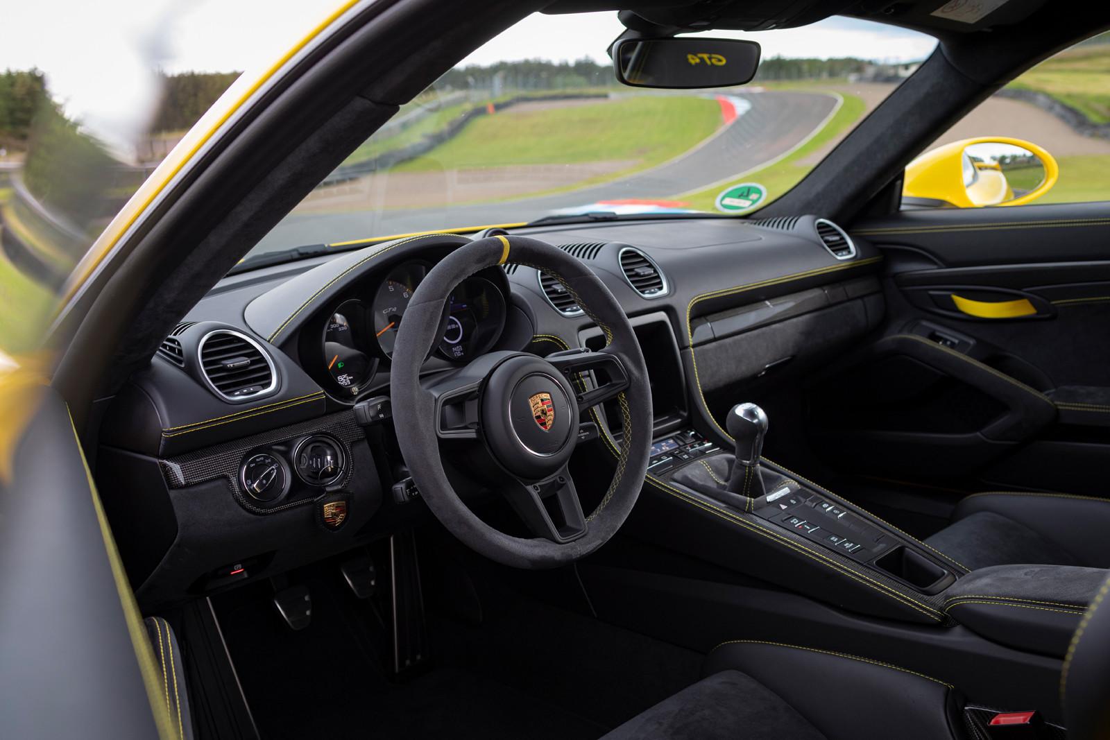 Foto de Porsche 718 Cayman GT4 (Presentación) (1/73)