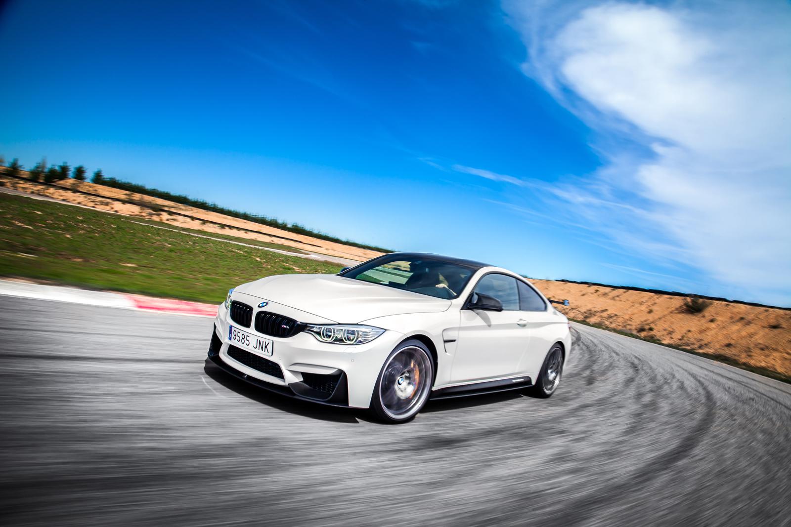Foto de BMW M4 CS (34/60)