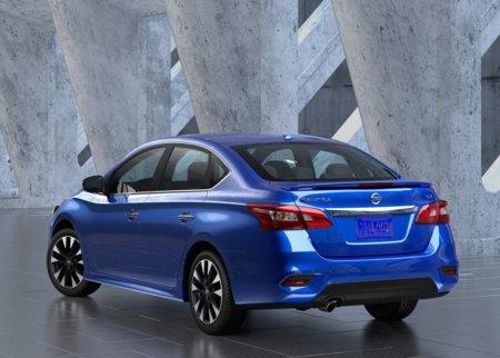 Nissan Sentra 2017: Precios, versiones y equipamiento en ...