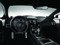Bang & Olufsen presenta sus sistemas de audio para los Aston Martin DBS y DB9