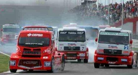 Carreras de camiones en el circuito de Albacete