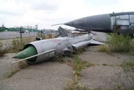 MiG-21 abandonado en Khodynka, Moscú