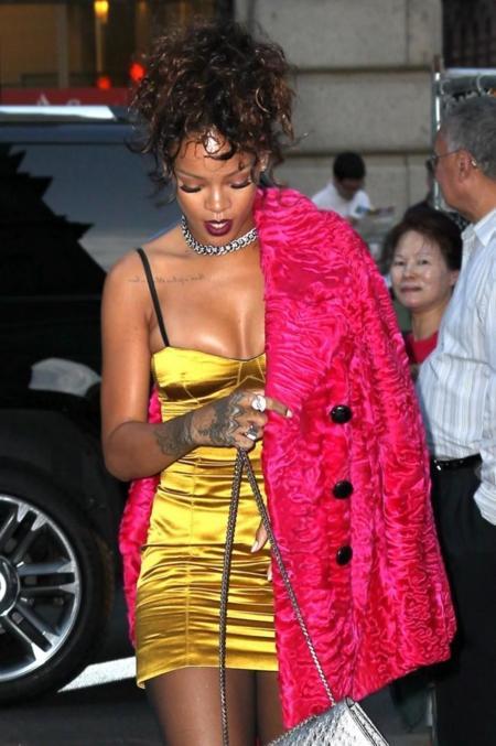 Duelo de horrores: ¿Rihanna o Sofía Vergara?