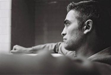 ¿Terminará Robert Pattinson el año pensando en Kristen Stewart?
