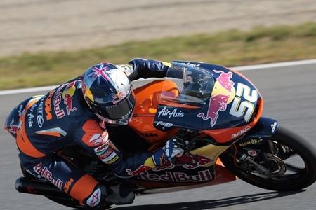 MotoGP Japón 2012: Danny Kent gana en una última vuelta de locura extrema en Moto3