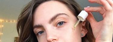 Hayas dejado el maquillaje o no, estos tres aceites faciales veganos de 3INA son fantásticos para que tengas la cara jugosa y suave todo el rato