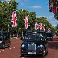 Los taxis madrileños invaden Londres para promocionar Madrid