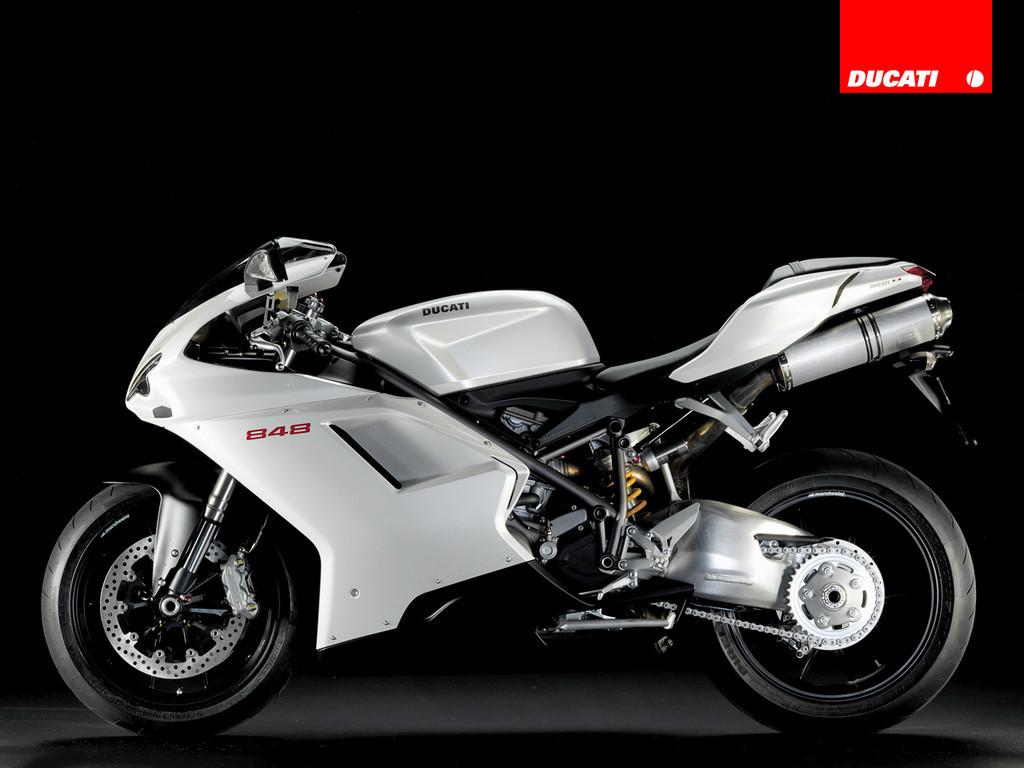 Foto de Ducati 848 (8/18)