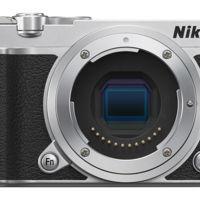 La llegada de la esperada cámara sin espejo Full Frame de Nikon apunta a 2016