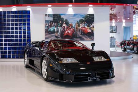 ¿Tienes 1 millón de euros? Entonces tienes un rarísimo Bugatti EB110 SS: 611 CV, negro y ¡con sólo 1.050 km!