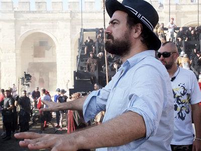 Charlamos con Justin Kurzel, director de 'Assassin's Creed'