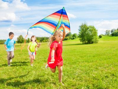 Juego libre y al aire libre: en verano, más que nunca