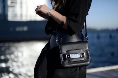 Clonados y pillados: el PS11 Tiny bag ahora puede ser tuyo