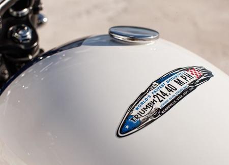 Triumph Bonneville T214 2015 05