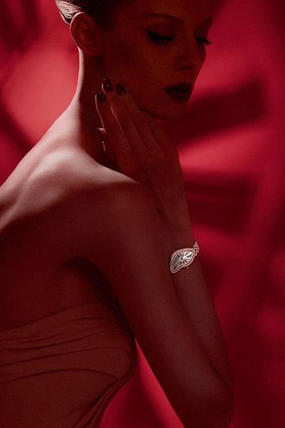 Los relojes blandos de Dalí reinterpretados por Cartier