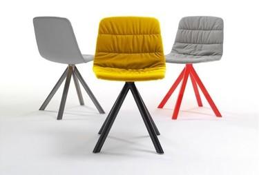 Nuevas sillas de Viccarbe by Víctor Carrasco