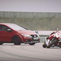 Honda Civic Type-R cara a cara contra una CBR1000RR