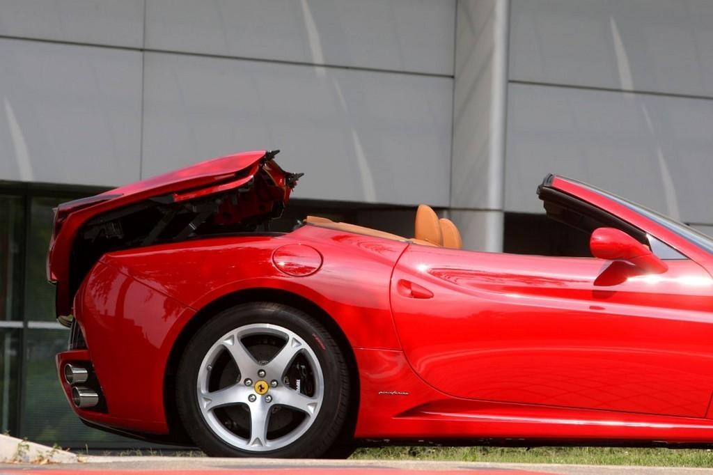 Foto de Ferrari California (13/50)