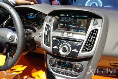 Ford ya piensa en desterrar el CD en sus coches