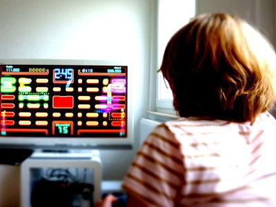 ¿Te gustan los videojuegos? Jugar con tu hijo puede ser beneficioso para él y para vuestra relación