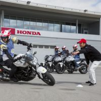 Un día aprendiendo en el Honda Instituto de Seguridad, con Marc Márquez y Dani Pedrosa