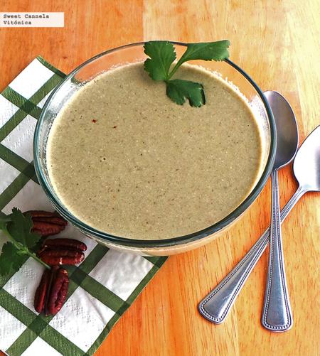 """""""Crema"""" de cilantro y nuez. Receta saludable"""