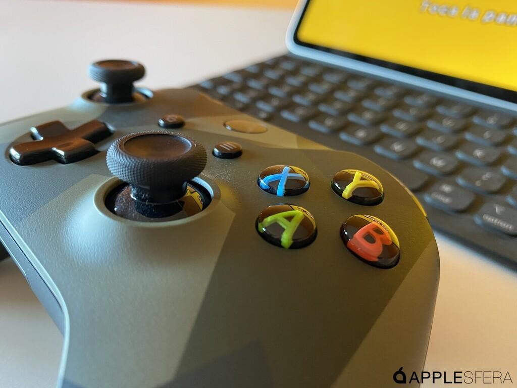 Microsoft actualiza el firmware del mando de la Xbox y mejora la conexion con los aparatos de <strong>Apple℗</strong>  «>     </p> <p>Microsoft está desplegando una actualización de firmware para los <a href=
