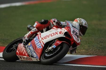 Michel Fabrizio hace la pole para Ducati en Imola
