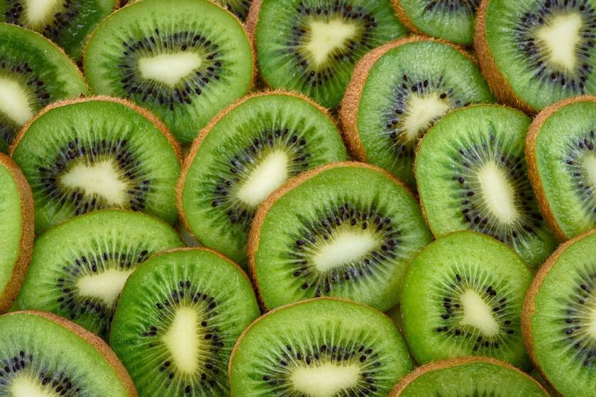 Todo sobre el kiwi, la saludable fruta con nombre de pájaro que hoy disfrutamos con acento asturiano